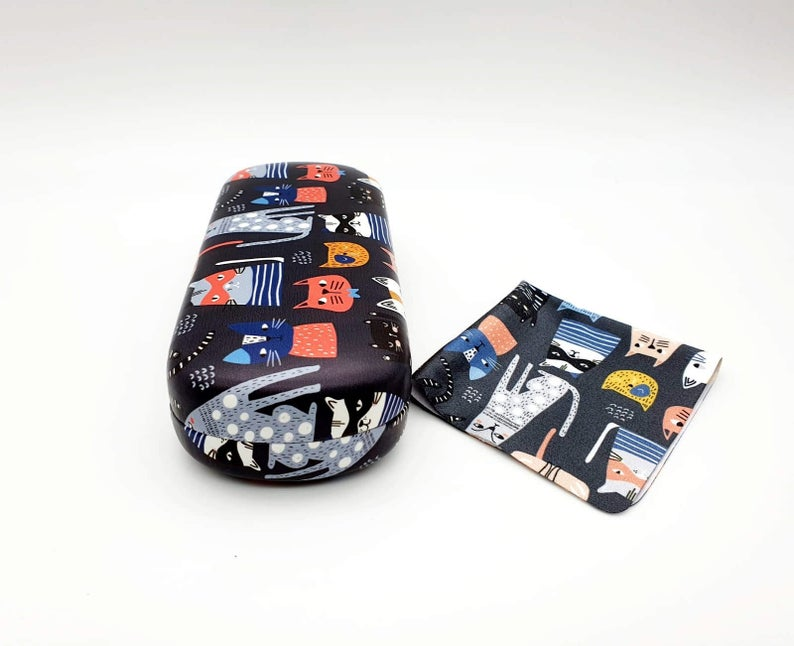 cat hard glasses case side view