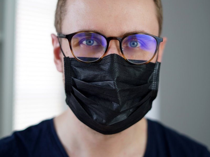 Easy Hacks to Keep Glasses Fog-free While Wearing a Face Mask